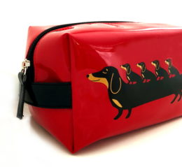 travel-doxie-red-2_10x10
